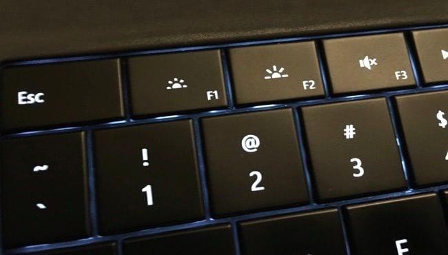 function-keys-to-adjust-monitor-brightness-of-laptop-screen